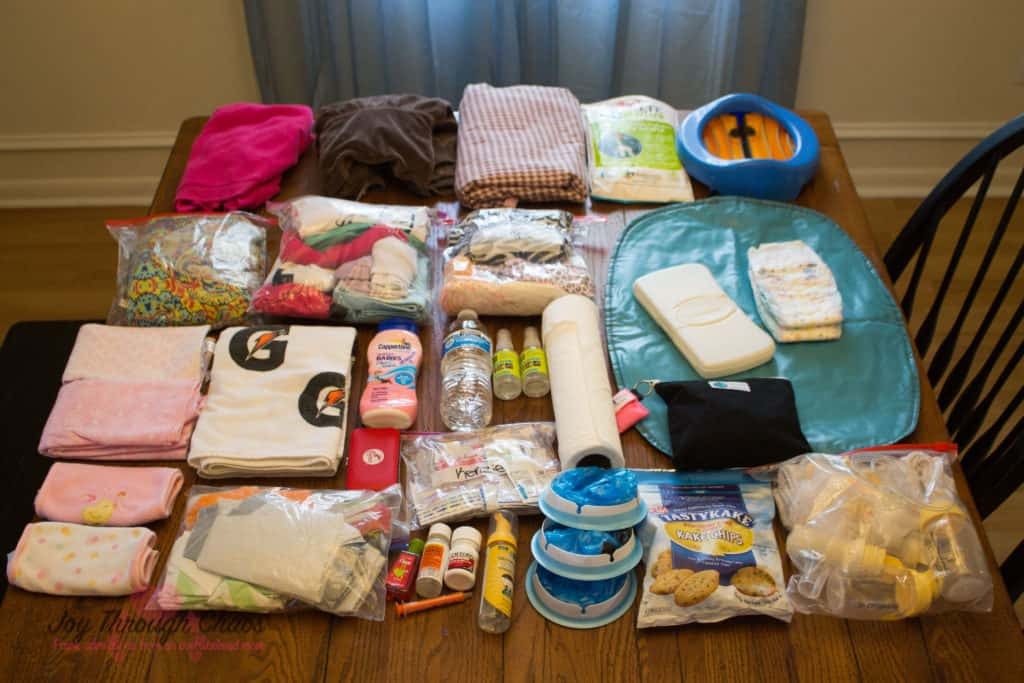 Great post about everything to keep in your car when you have kids!