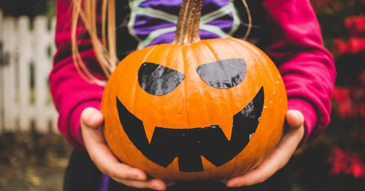 Simple Family Halloween Safety Tips
