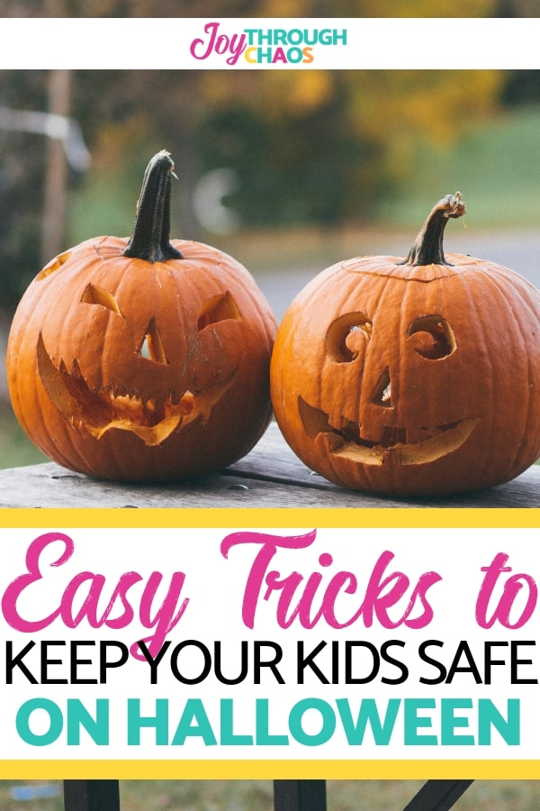 Children are more than twice as likely to be hit by a car and killed on Halloween. Use these family Halloween safety tips to keep everyone stays safe!